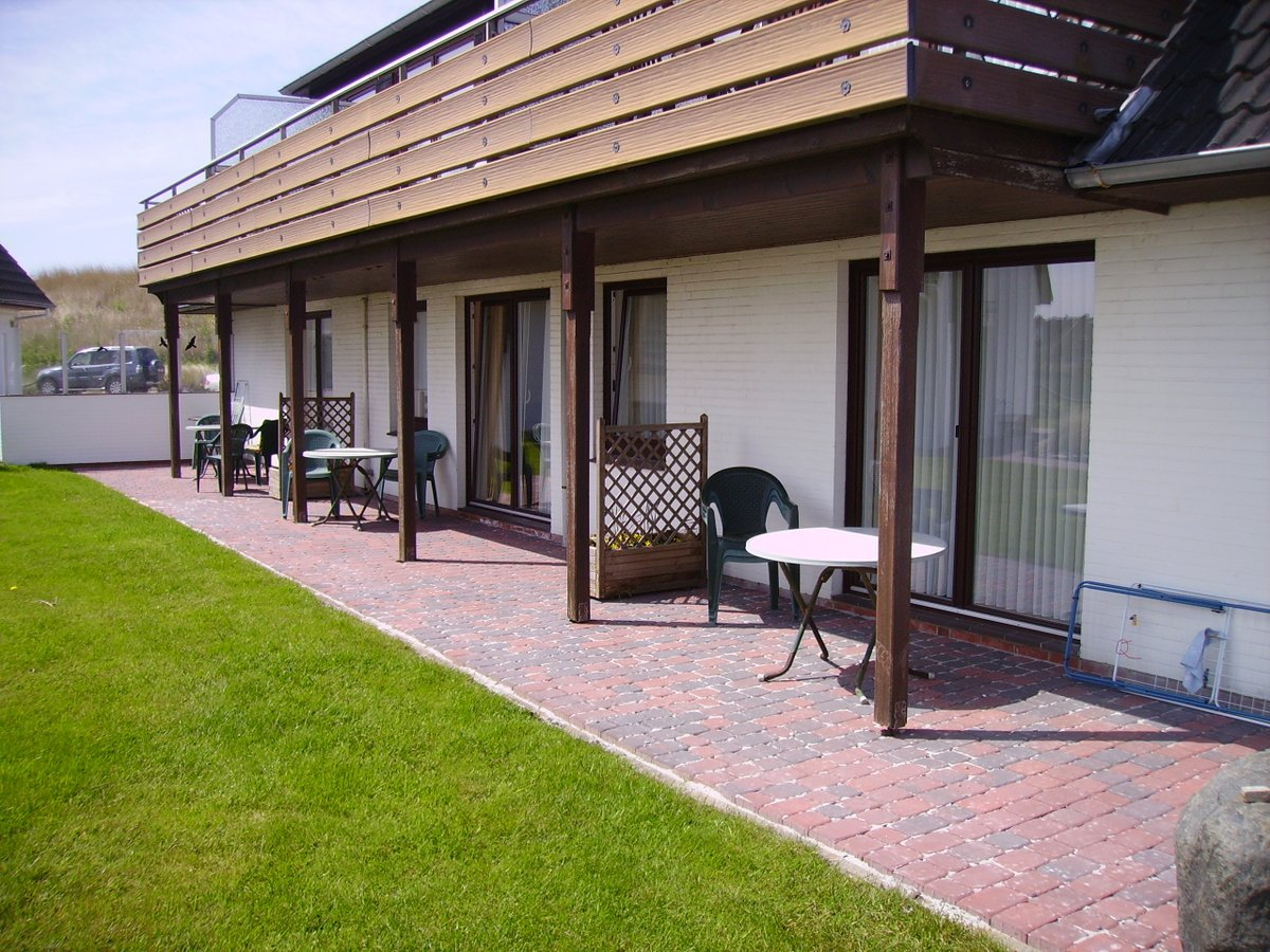 "St. Peter-Ording Pension ""Zum Alten Anker"": Die Terrasse der Appartements"